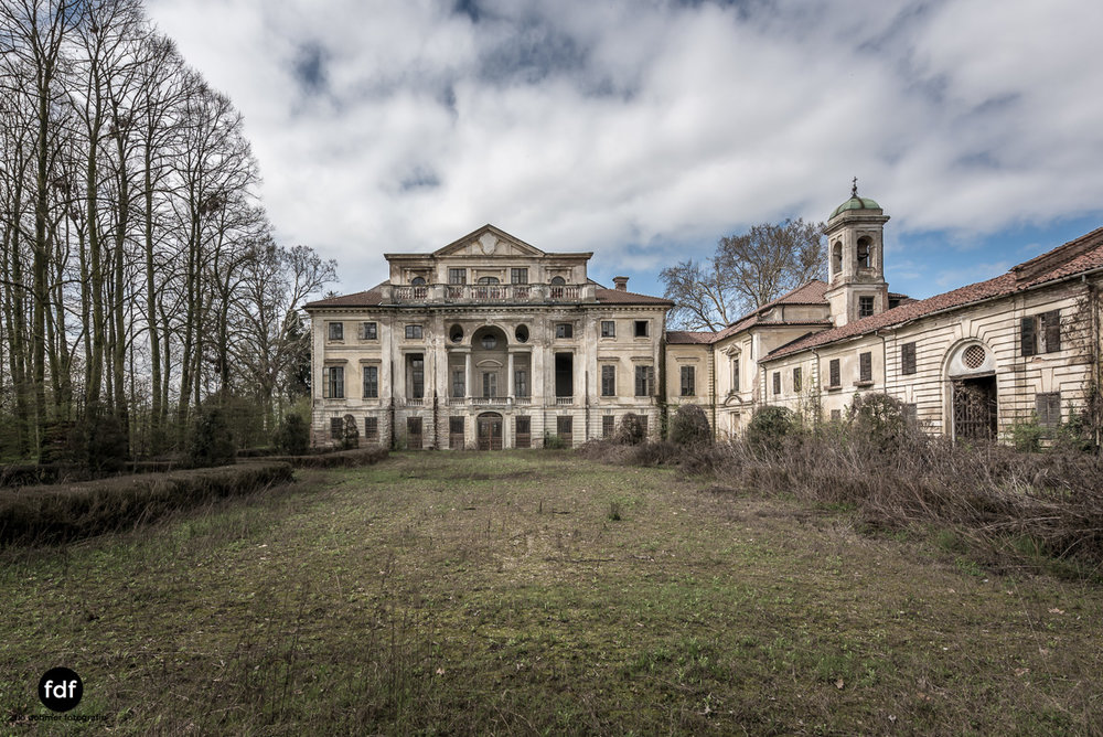 Villa dei Danzatori-Villa RosaPalazzo L-Herrenhaus-Lost Place-Italien-170.JPG