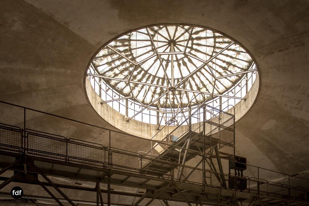 Oculus Tower-Raffinerie-Industrie-Lost Place-Italien-25.JPG