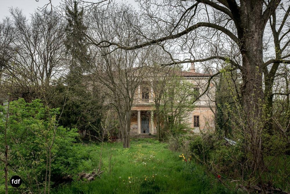 Villa Rotonda-Herrenhaus-Lost Place-Italien-55.JPG