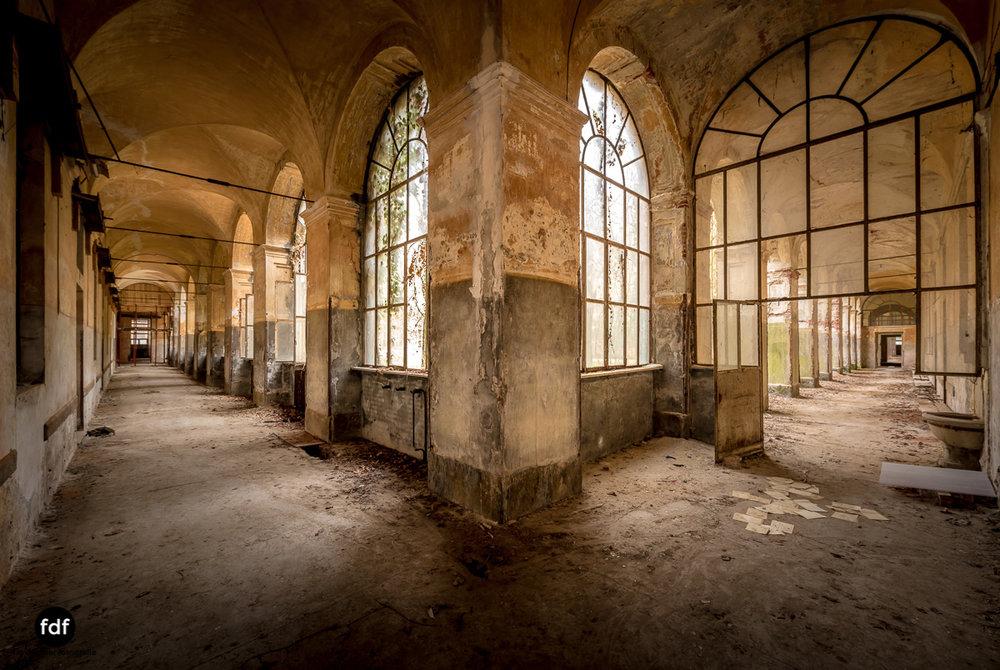 Manicomio di R-Klinik-Asyl-Psychatrie-Lost Place-Italien-16.JPG