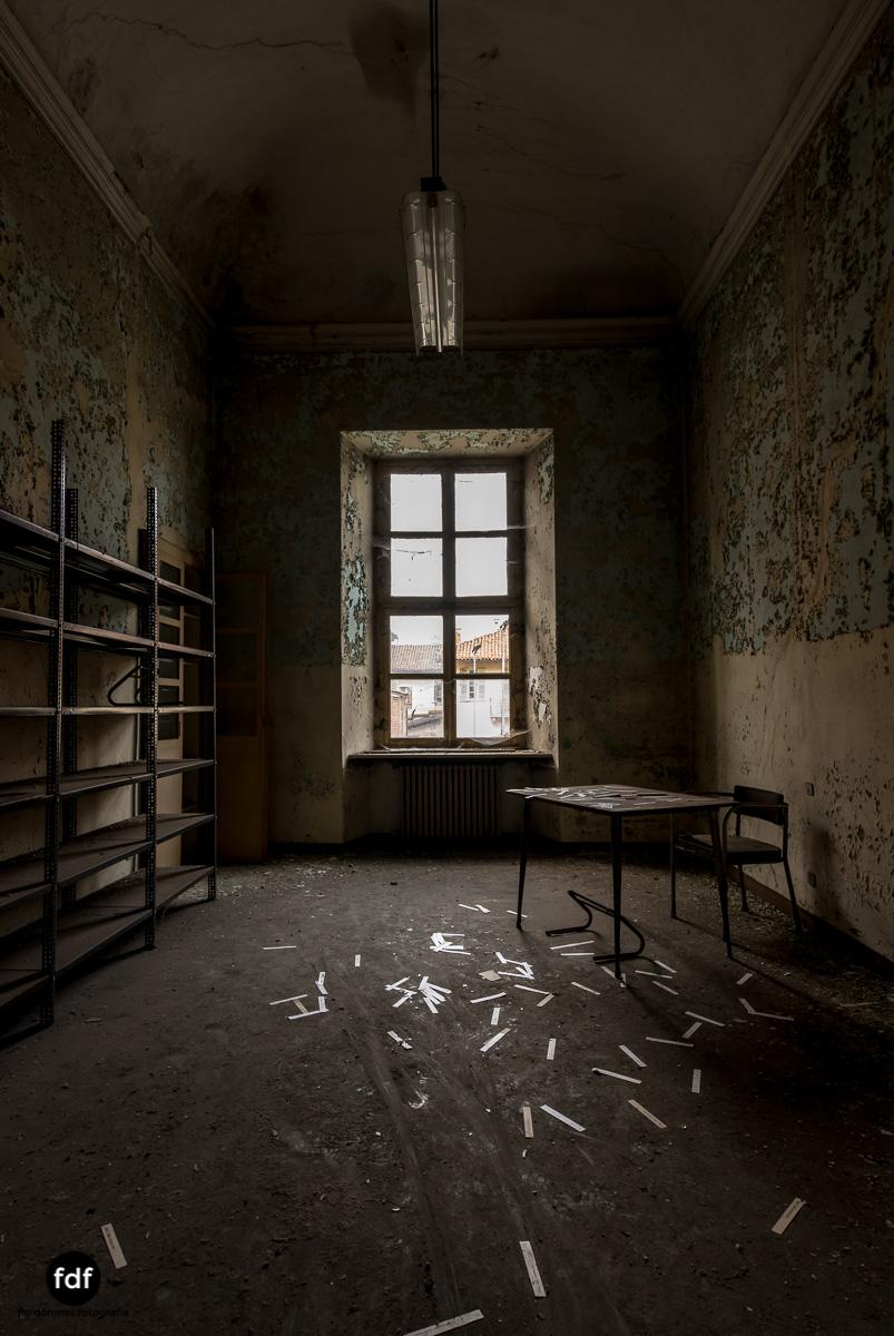 Manicomio di R-Klinik-Asyl-Psychatrie-Lost Place-Italien-61.JPG