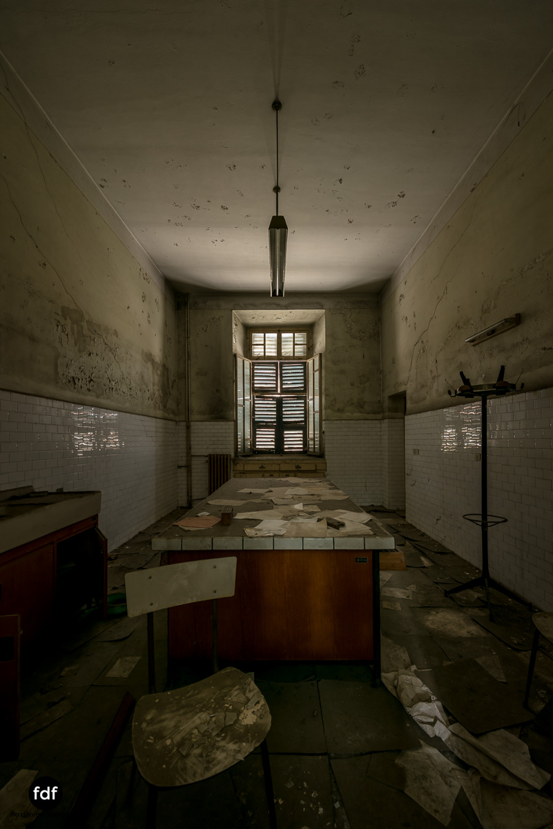 Manicomio di R-Klinik-Asyl-Psychatrie-Lost Place-Italien-62.JPG