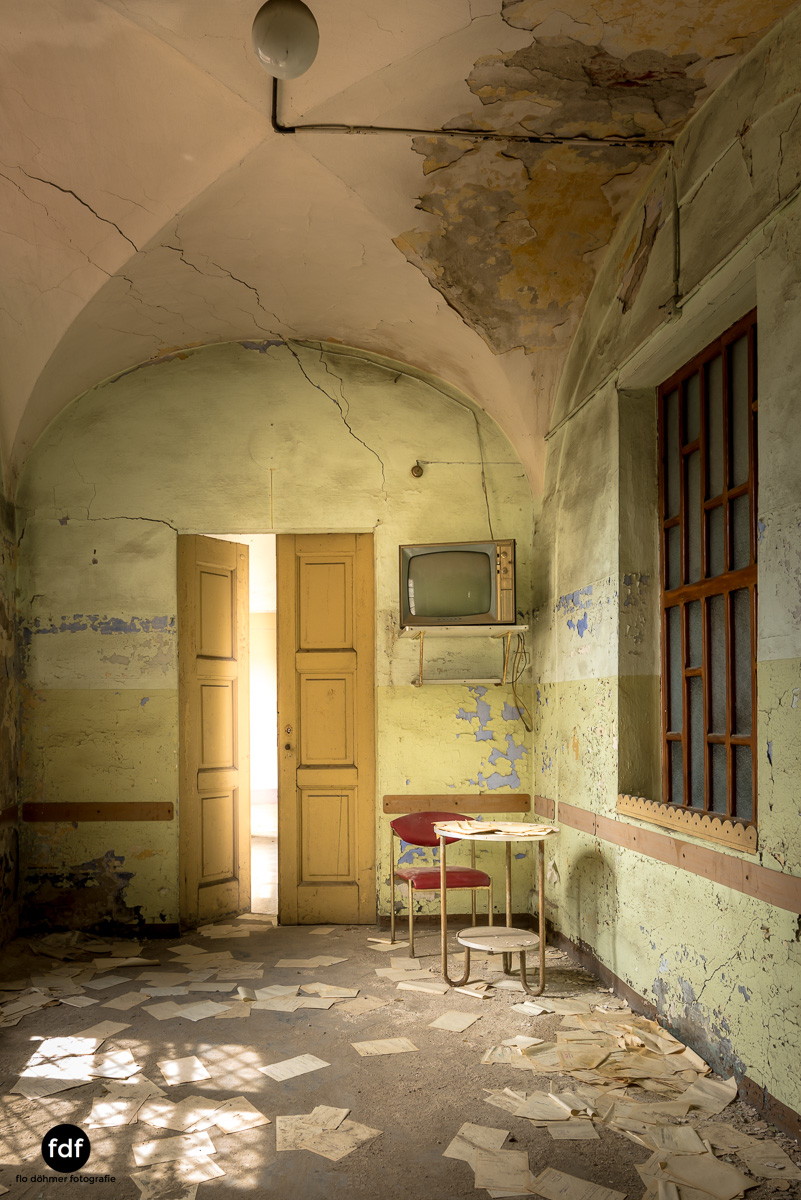 Manicomio di R-Klinik-Asyl-Psychatrie-Lost Place-Italien-71.JPG