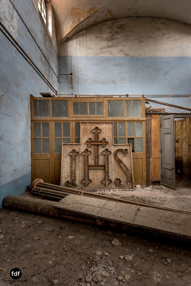 Manicomio di R-Klinik-Asyl-Psychatrie-Lost Place-Italien-83.JPG