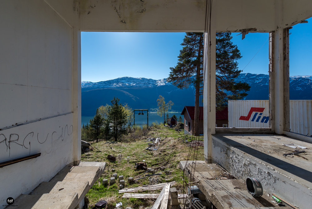 Luster Sanatorium-Klinik-Lost Place-Norway-39.JPG