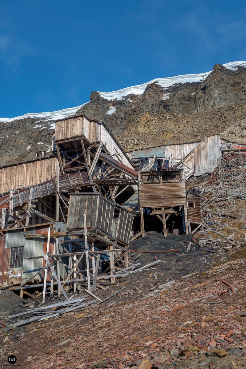 Norway-Spitzbergen-Svalbard-Lost Place-Mine 2-14.JPG