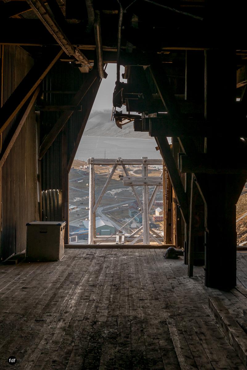 Norway-Spitzbergen-Svalbard-Lost Place-Mine 2-29-2.JPG