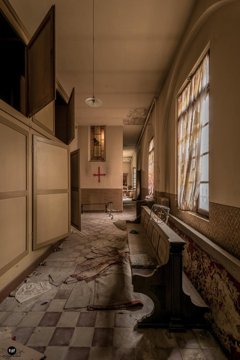 Blue Church Convent-Kloster-Kinderheim-Kirche-Jesuiten-Italien-Lost-Place-5.JPG
