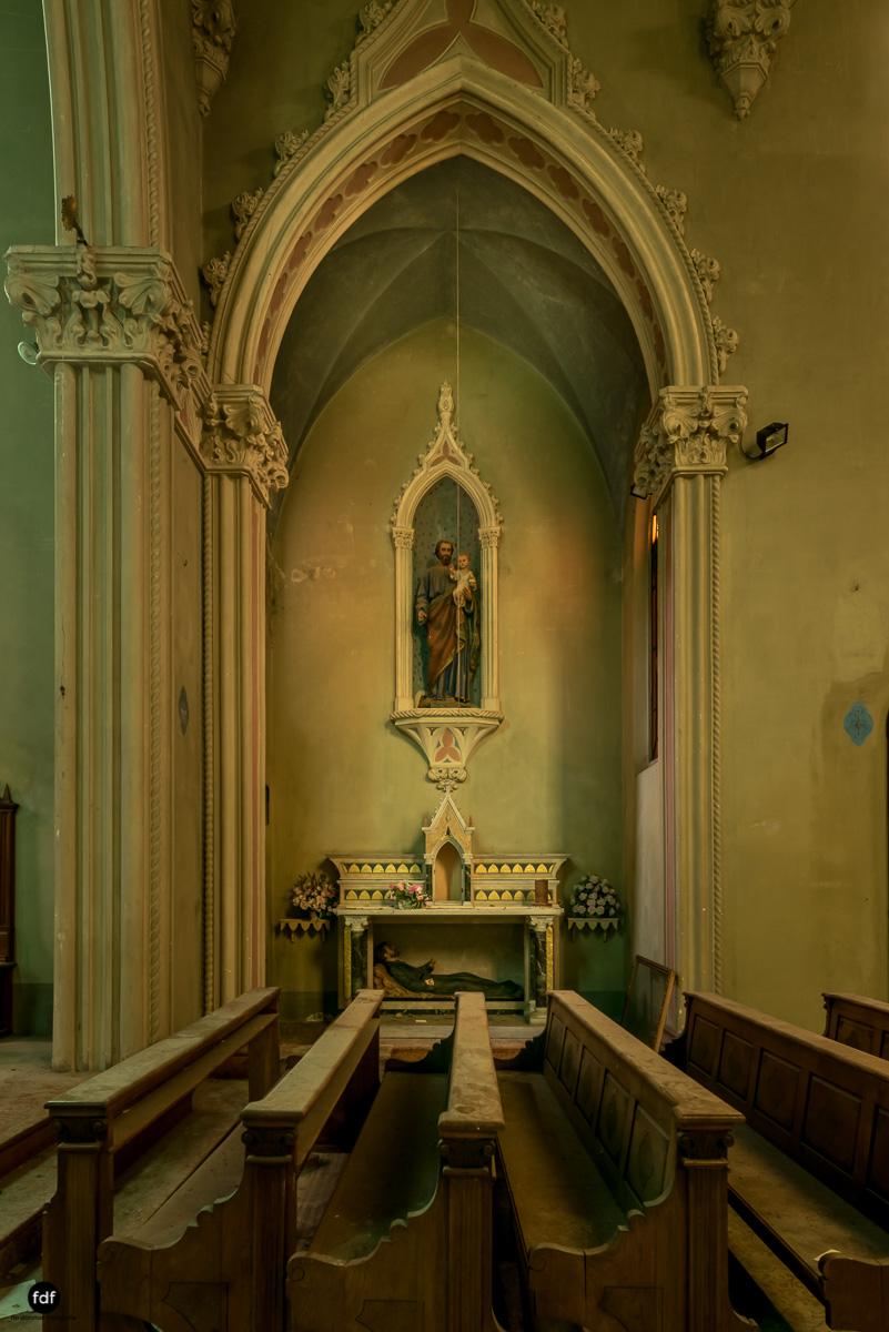 Blue Church Convent-Kloster-Kinderheim-Kirche-Jesuiten-Italien-Lost-Place-15.JPG
