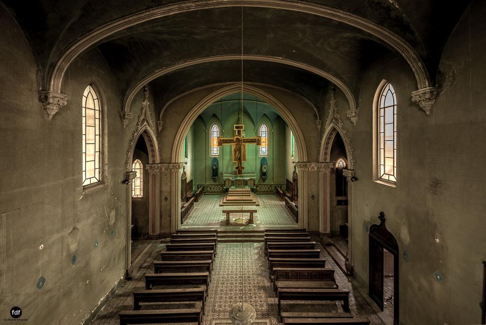 Blue Church Convent-Kloster-Kinderheim-Kirche-Jesuiten-Italien-Lost-Place-32.JPG