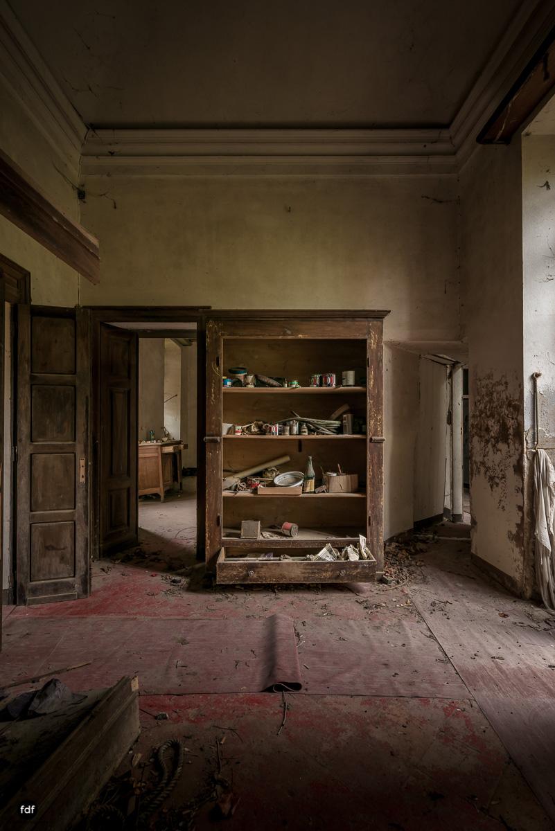Palazzo di L-Herrenhaus-Kapelle-Lost Place-Italien-81.JPG