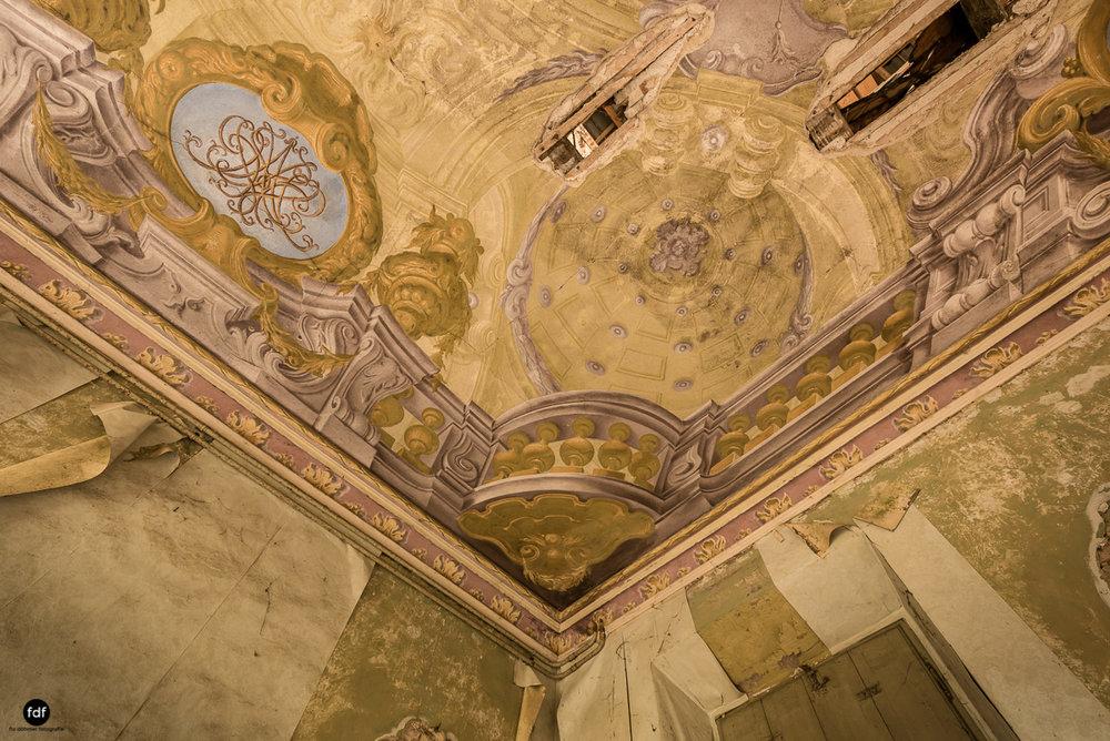 Villa Moglia-Herrenhaus-Kapelle-Lost Place-Italien-21.JPG