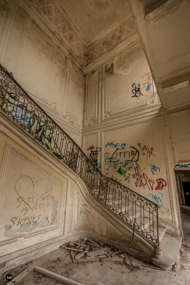Villa Moglia-Herrenhaus-Kapelle-Lost Place-Italien-31.JPG