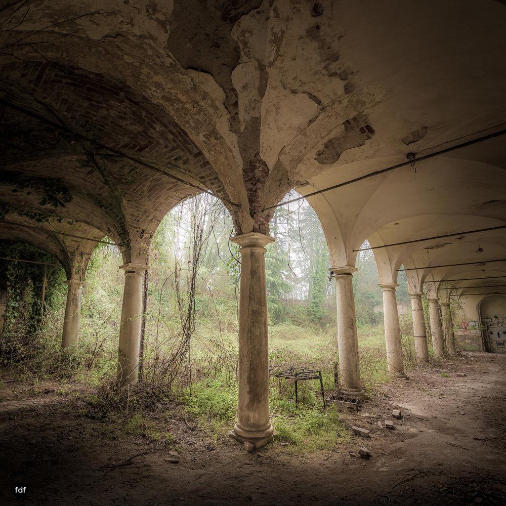 Villa Moglia-Herrenhaus-Kapelle-Lost Place-Italien-43.JPG