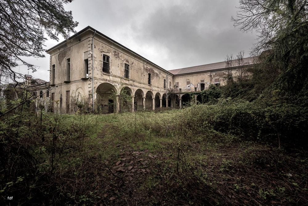 Villa Moglia-Herrenhaus-Kapelle-Lost Place-Italien-49.JPG