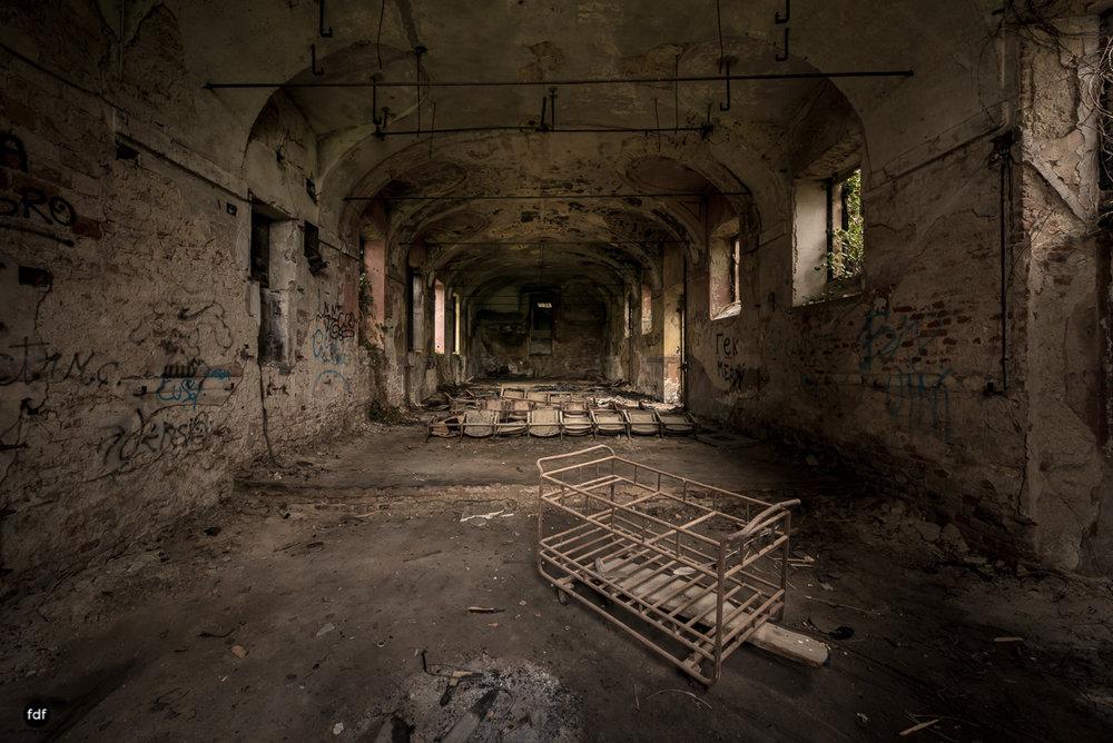 Villa Moglia-Herrenhaus-Kapelle-Lost Place-Italien-61.JPG