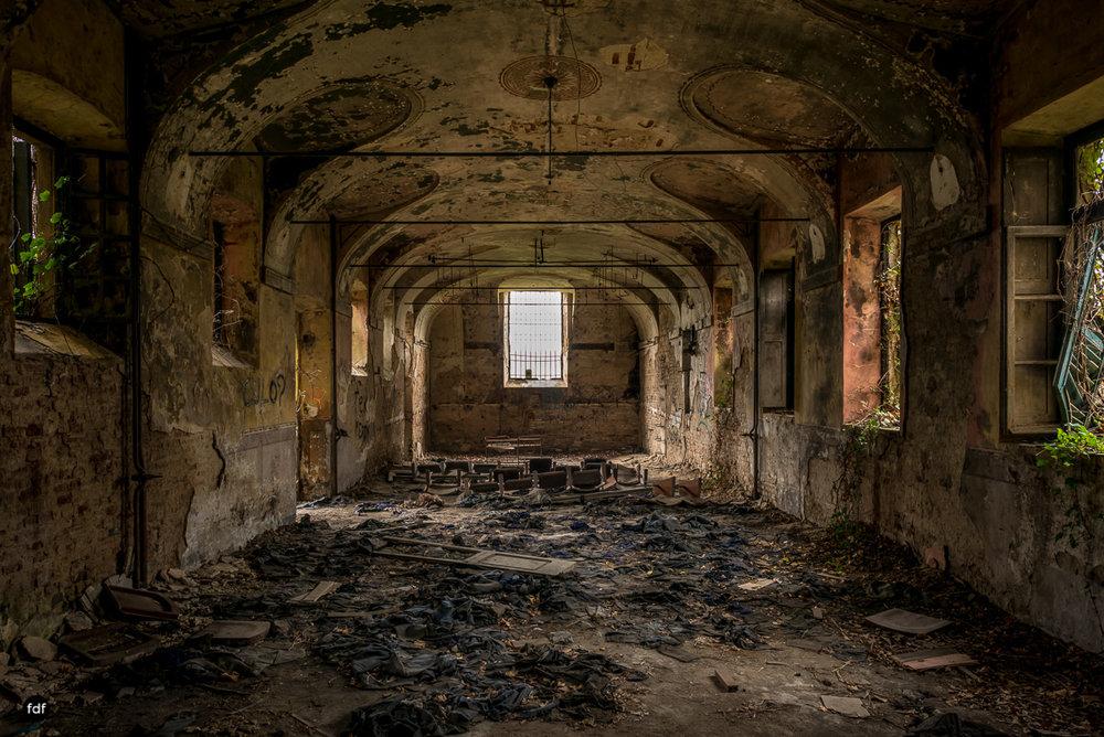 Villa Moglia-Herrenhaus-Kapelle-Lost Place-Italien-66.JPG
