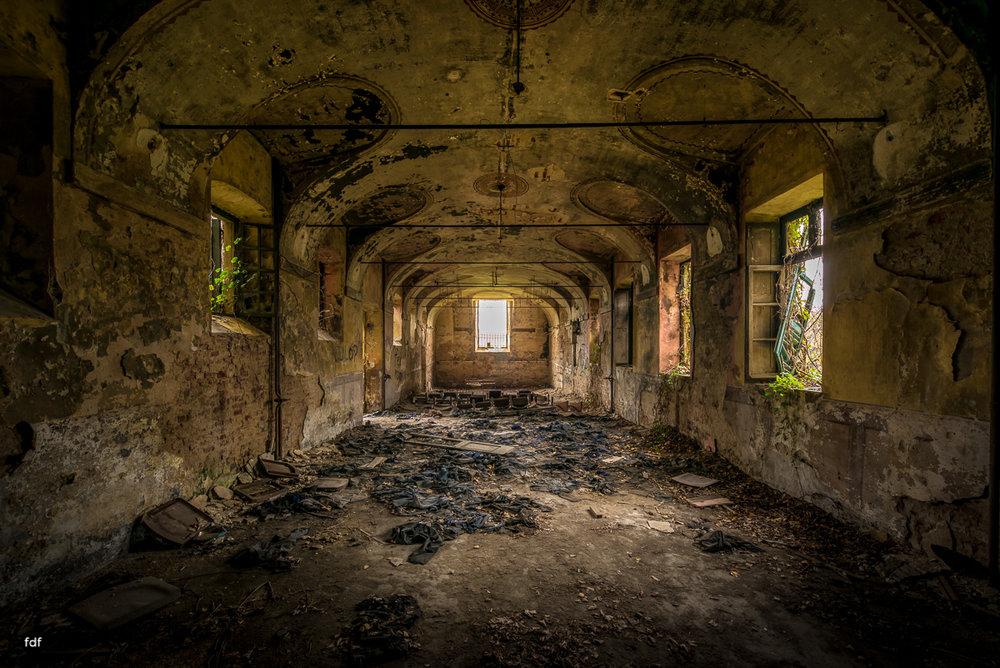 Villa Moglia-Herrenhaus-Kapelle-Lost Place-Italien-65.JPG