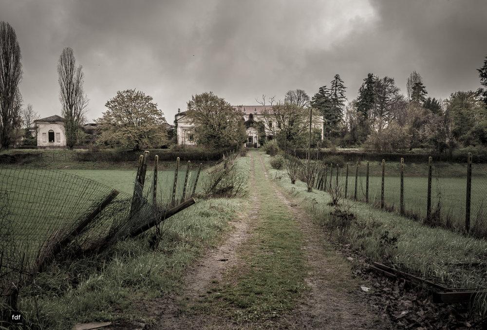 Villa Moglia-Herrenhaus-Kapelle-Lost Place-Italien-81.JPG