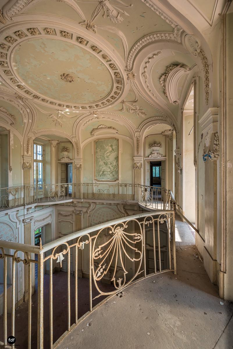 Palazzo Mint-Herrenhaus-Lost Place-Italien-18.JPG
