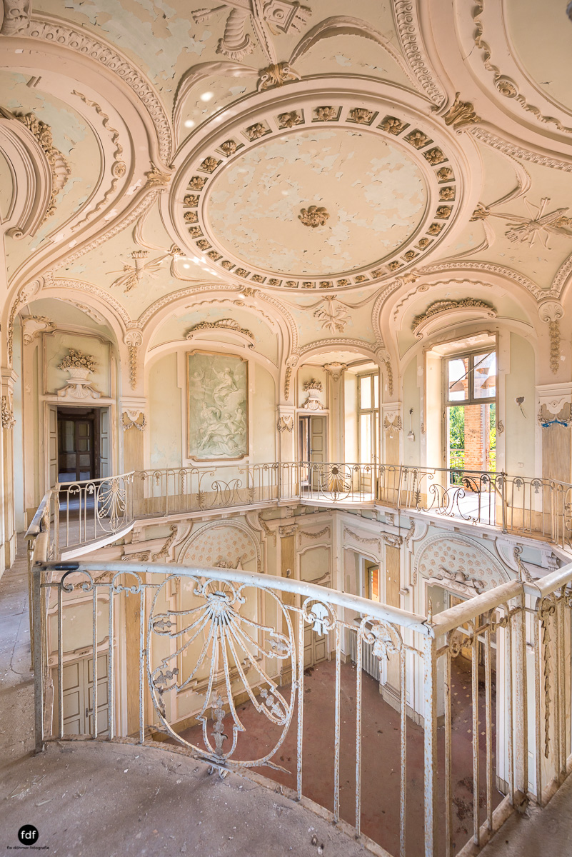 Palazzo Mint-Herrenhaus-Lost Place-Italien-17.JPG
