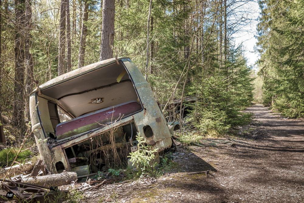 Forgotten Cars-Autofriedhof-Schrott-Lost Place-Schweden-89.JPG