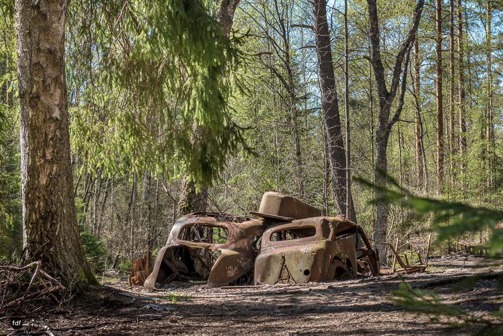 Forgotten Cars-Autofriedhof-Schrott-Lost Place-Schweden-101.JPG