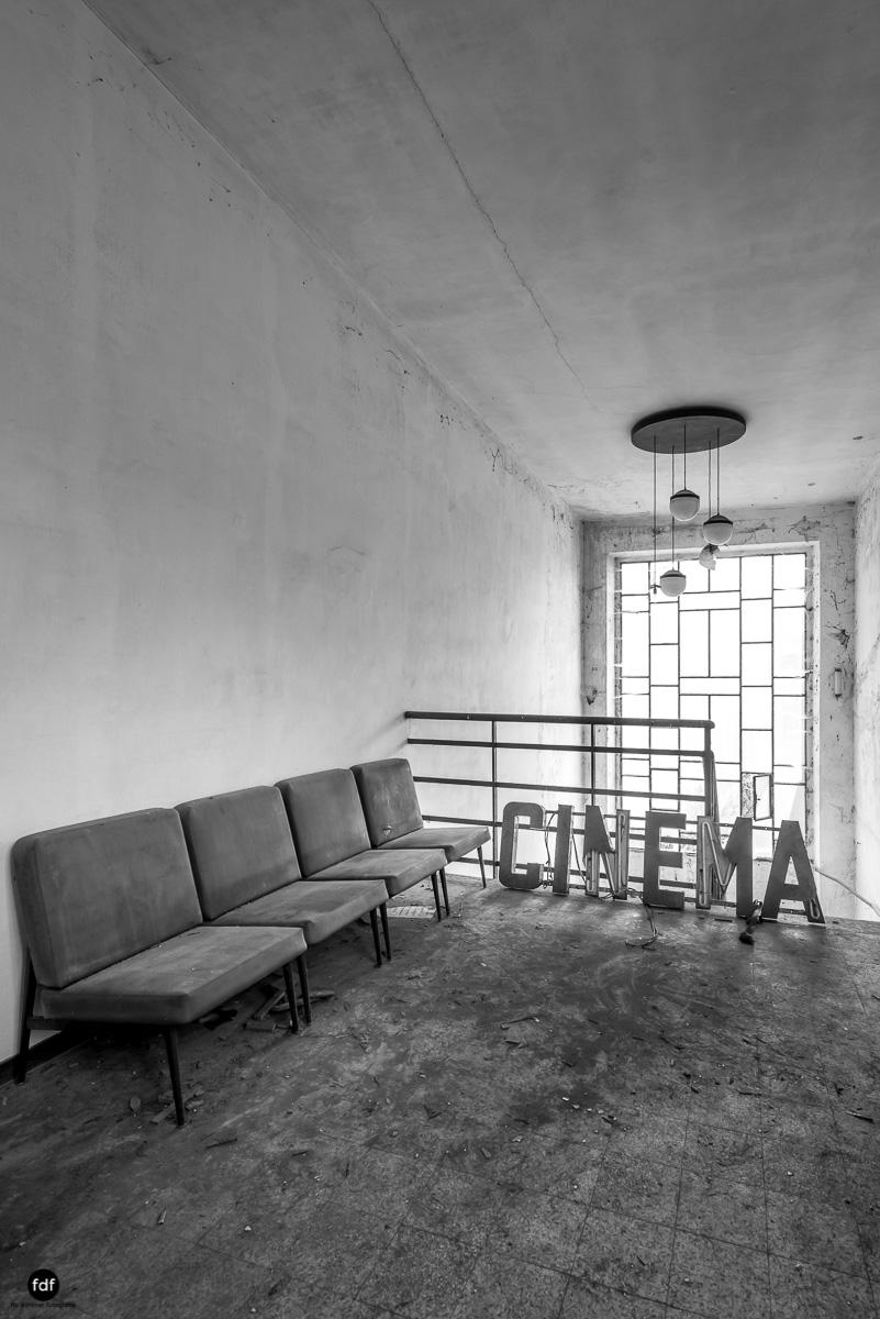 Teatro Circolare-Theater-Kino-Lost Place-Italien-2.JPG