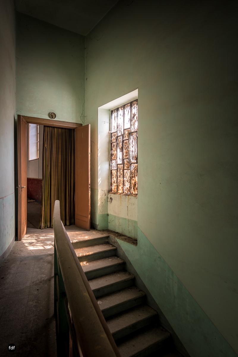 Teatro Circolare-Theater-Kino-Lost Place-Italien-13.JPG
