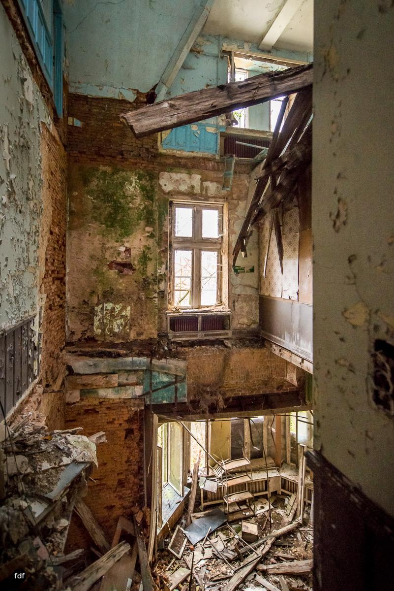 Chareau Noisy-Miranda-Kinderheim-Lost Place-Belgien-16.JPG