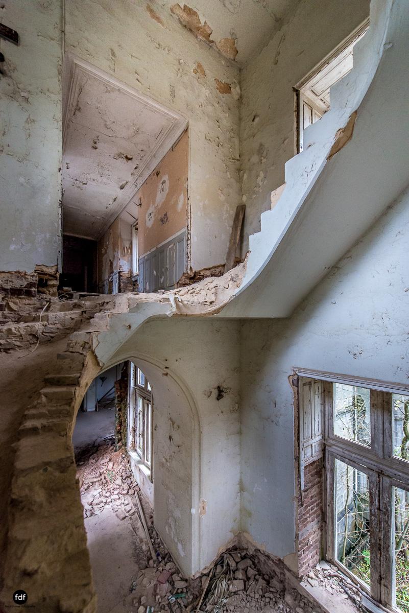 Chareau Noisy-Miranda-Kinderheim-Lost Place-Belgien-84.JPG