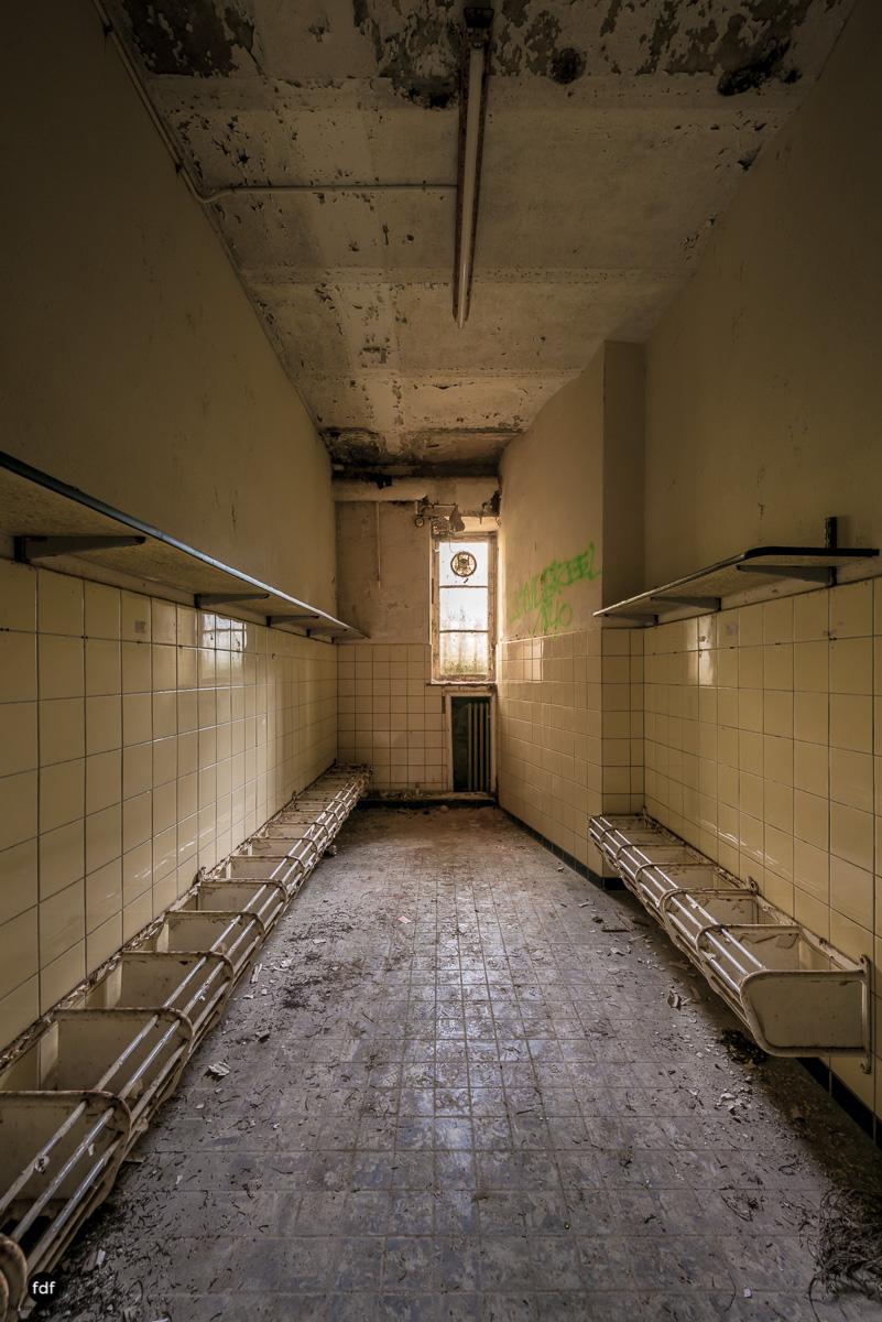 Chareau Noisy-Miranda-Kinderheim-Lost Place-Belgien-154.JPG