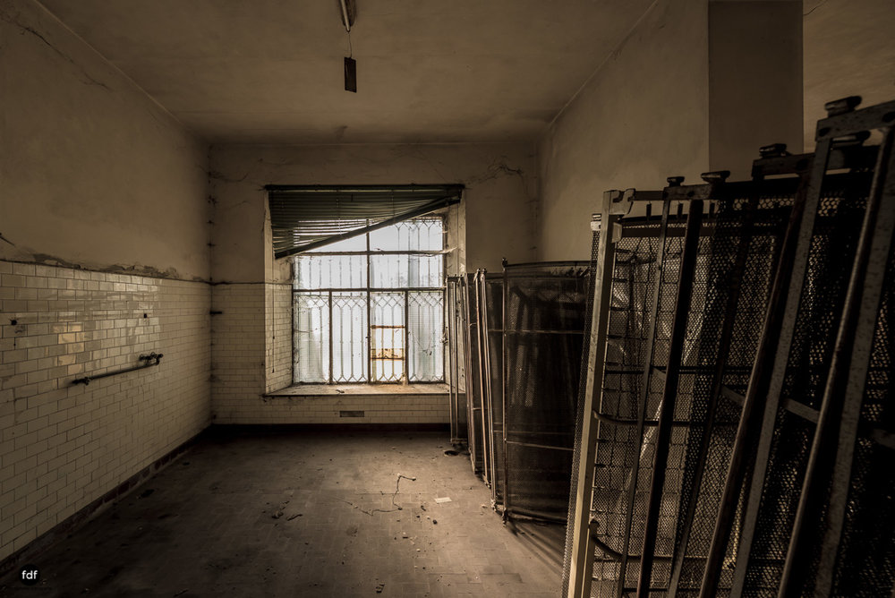 Casa di Riposo C-Klinik-Altenheim-Lost Place-Italien-14.JPG