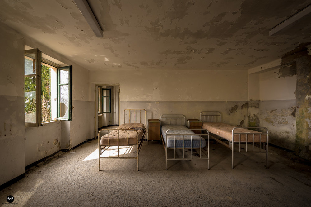 Red Cross Hospital-Klinik-Kinderheim-Lost Place-Italien-10.JPG