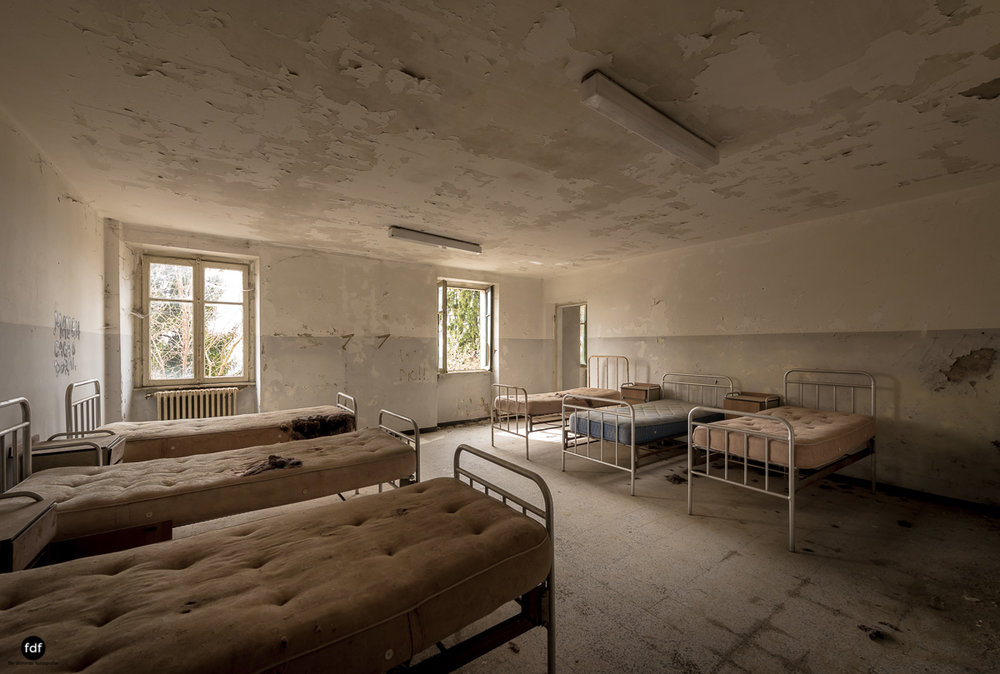Red Cross Hospital-Klinik-Kinderheim-Lost Place-Italien-13.JPG