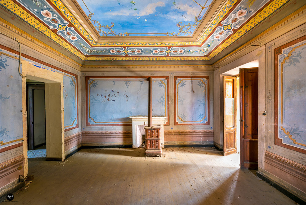 Oriental Gem-Herrenhaus-Lost Place-Italien-17.JPG