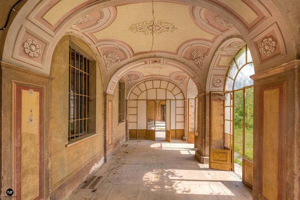 Oriental Gem-Herrenhaus-Lost Place-Italien-44.JPG