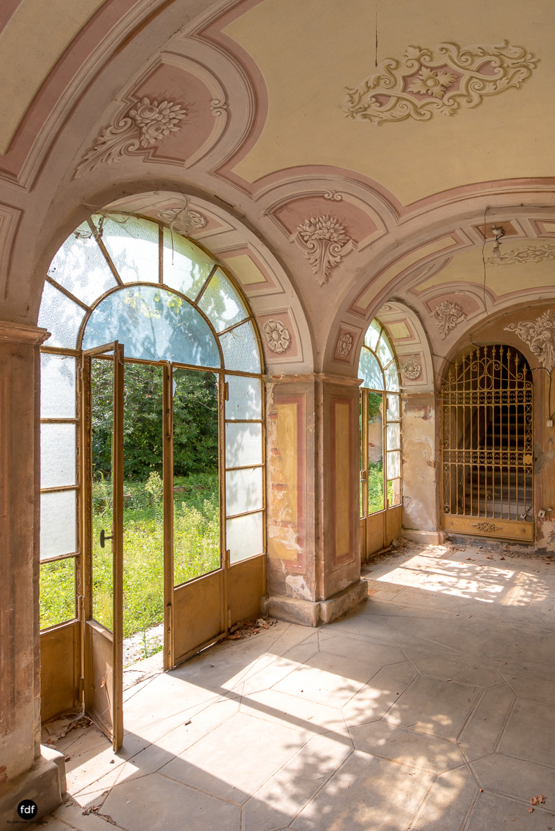 Oriental Gem-Herrenhaus-Lost Place-Italien-53.JPG