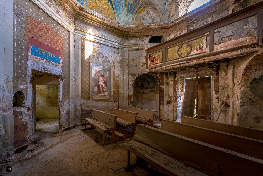 Villa Grazia-Herrenhaus-Kapelle-Lost Place-Italien-10.JPG