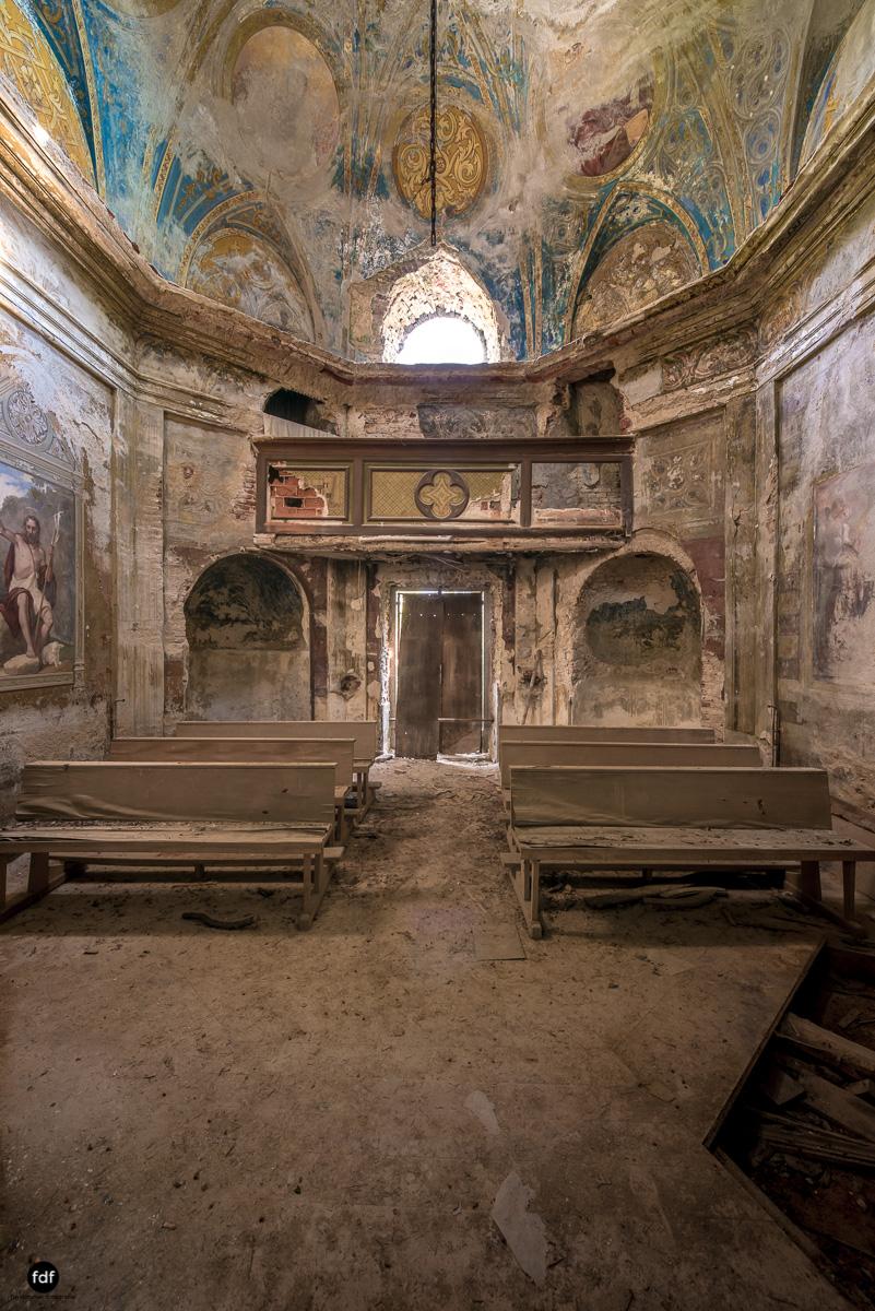Villa Grazia-Herrenhaus-Kapelle-Lost Place-Italien-14.JPG