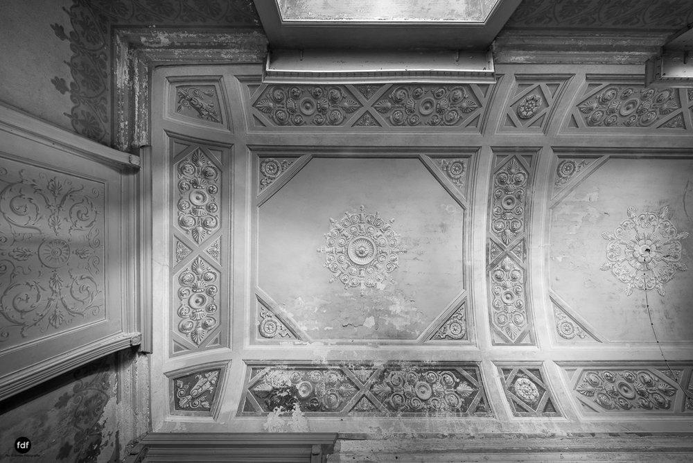 Villa Grazia-Herrenhaus-Kapelle-Lost Place-Italien-27.JPG