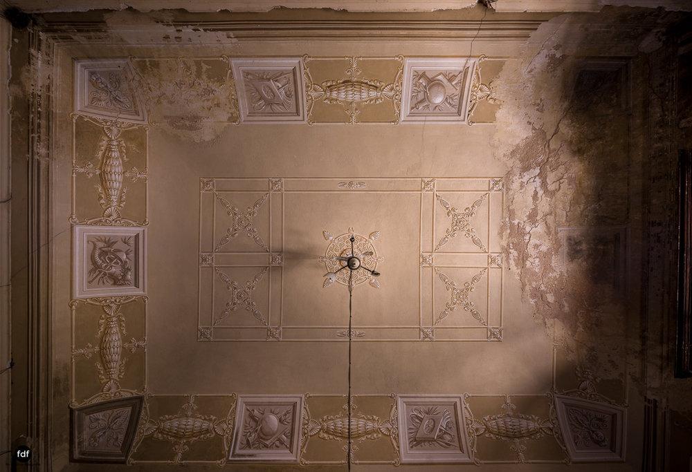 Villa Grazia-Herrenhaus-Kapelle-Lost Place-Italien-28.JPG
