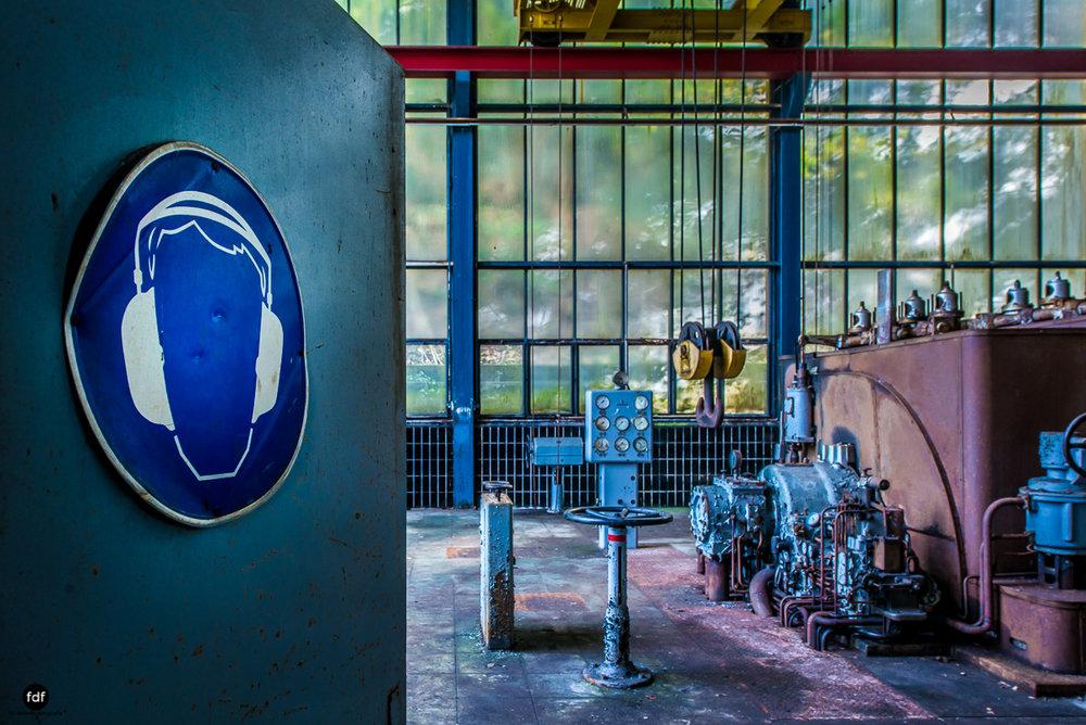 Papierfabrik-Industrie-Kraftwerk-Lost Place-Deutschland-110.JPG