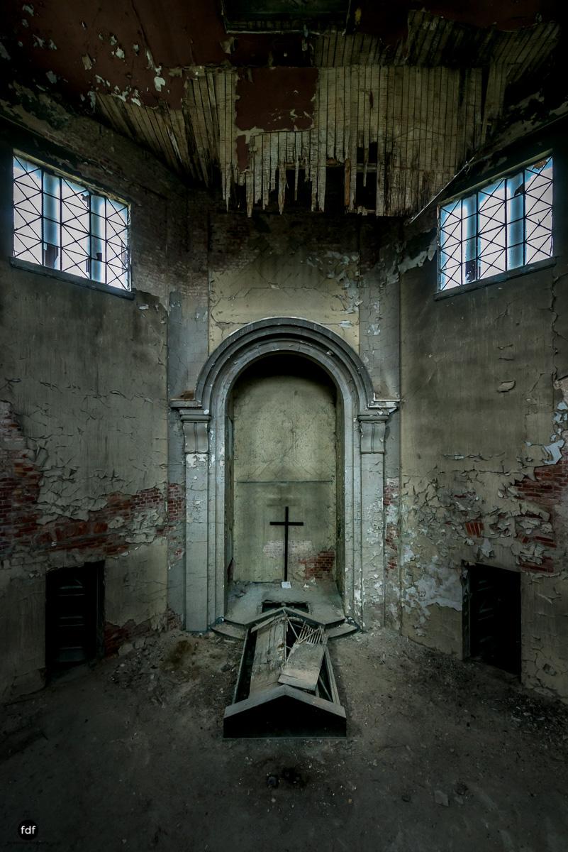 Krematorium D-Friedhof-Lost-Place-12.JPG