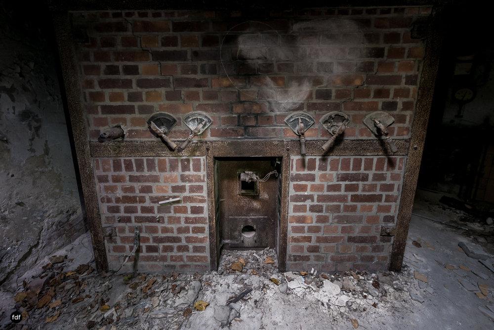Krematorium D-Friedhof-Lost-Place-61.JPG