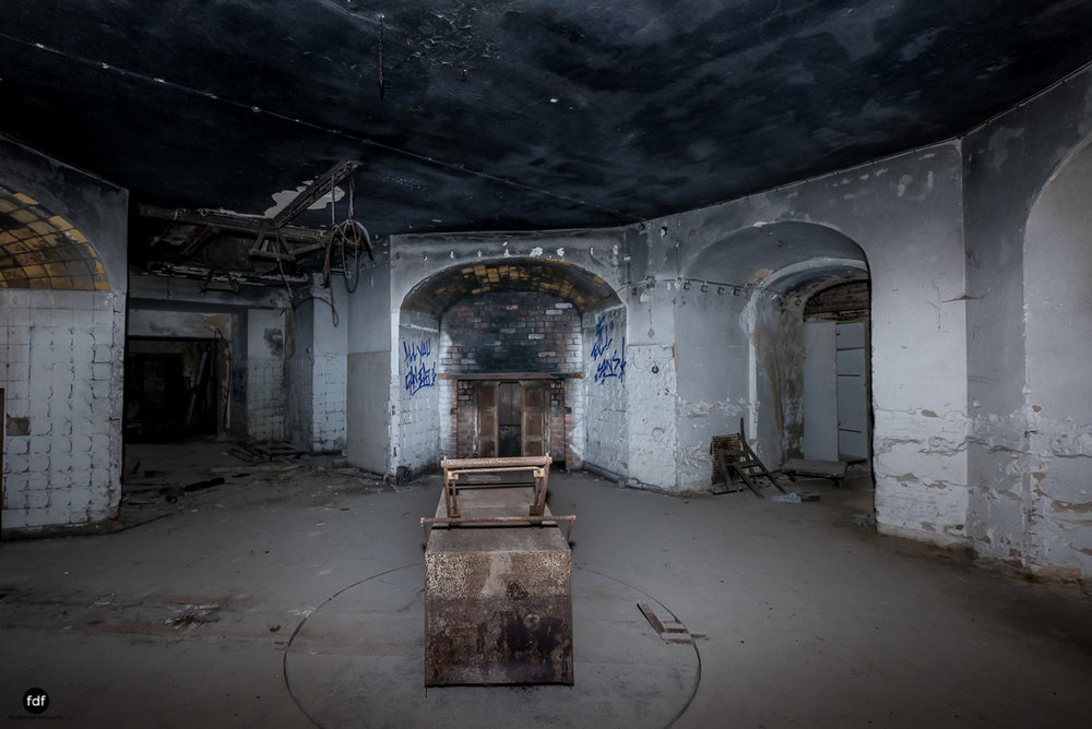 Krematorium D-Friedhof-Lost-Place-65.JPG