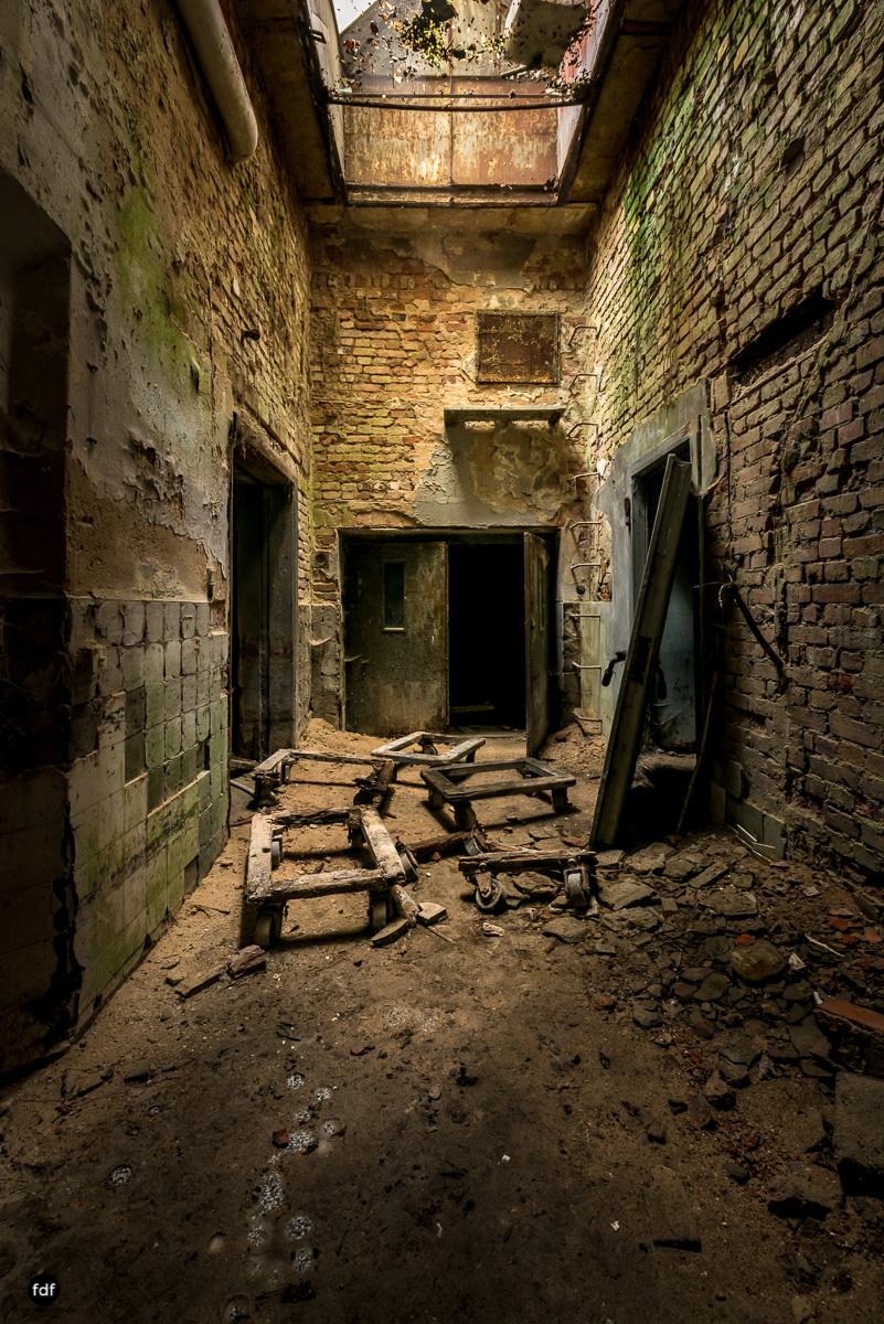 Krematorium D-Friedhof-Lost-Place-79.JPG