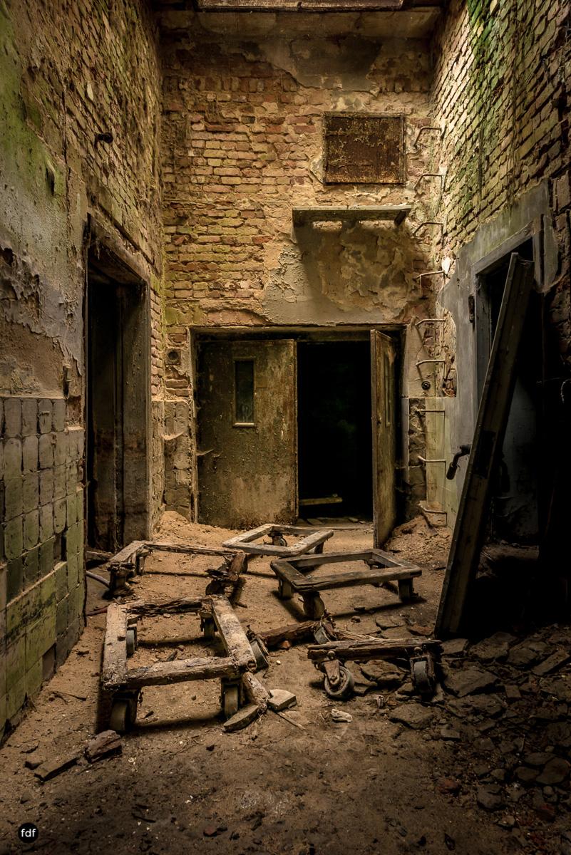 Krematorium D-Friedhof-Lost-Place-77.JPG