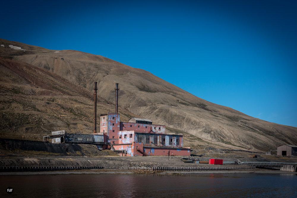 Pyramiden-Norwegen-Spitzbergen-Svalbard-Lost Place--921.JPG
