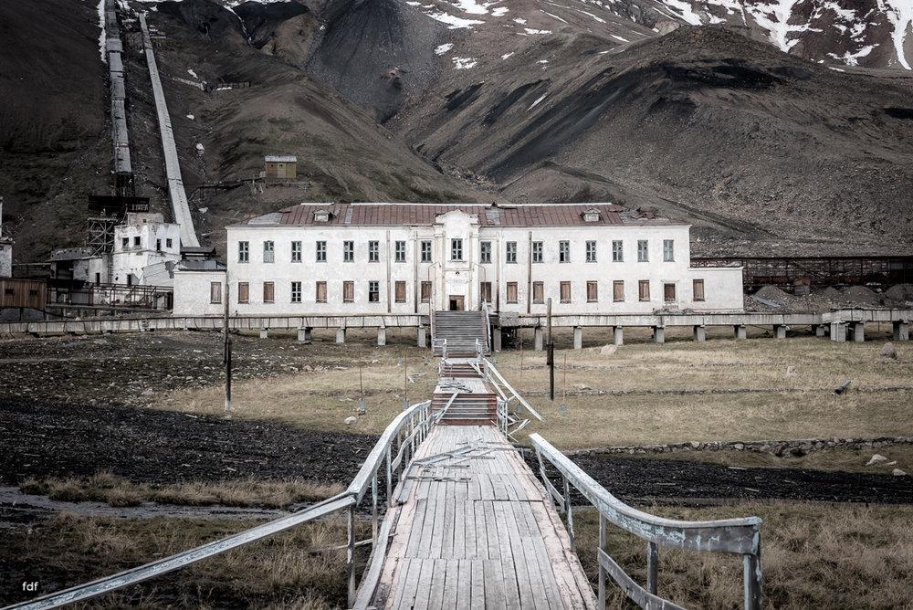 Pyramiden-Norwegen-Spitzbergen-Svalbard-Lost Place--282.JPG